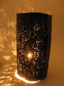 乾漆花器兼用灯り(欅の皮付き)8,500円