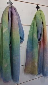 ローケツ染めストール       綿、レーヨン             ¥4,320