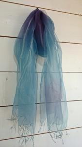草木染めシルクストール 藍、ログウッド  ¥7,452-