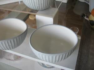 卵形ボール 1,200円 直径9×10cm、高さ6cm