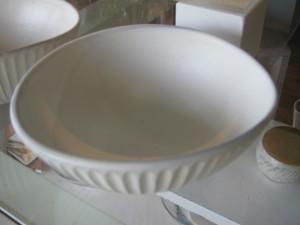 卵形ボール 1,300円 直径10×12cm、高さ6cm