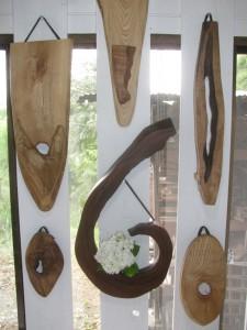 壁掛け型の花器   2,200円から