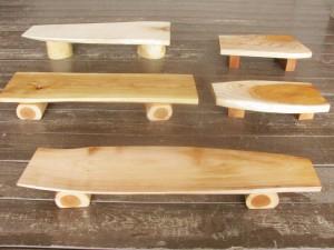 広葉樹のミニテーブル