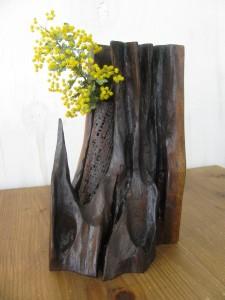 自然木の乾漆花器けんよう灯り